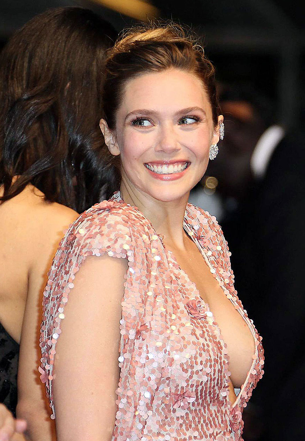 Elizabeth Olsen Nude And Hot Pics That Will Make You Hard