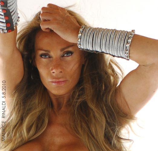 Superstar Virgina Hey Nude Pictures
