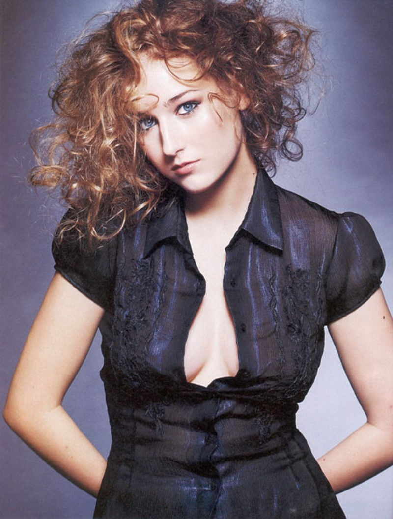 Leelee Sobieski Great Nude Moments   Lovely boobs, sexy